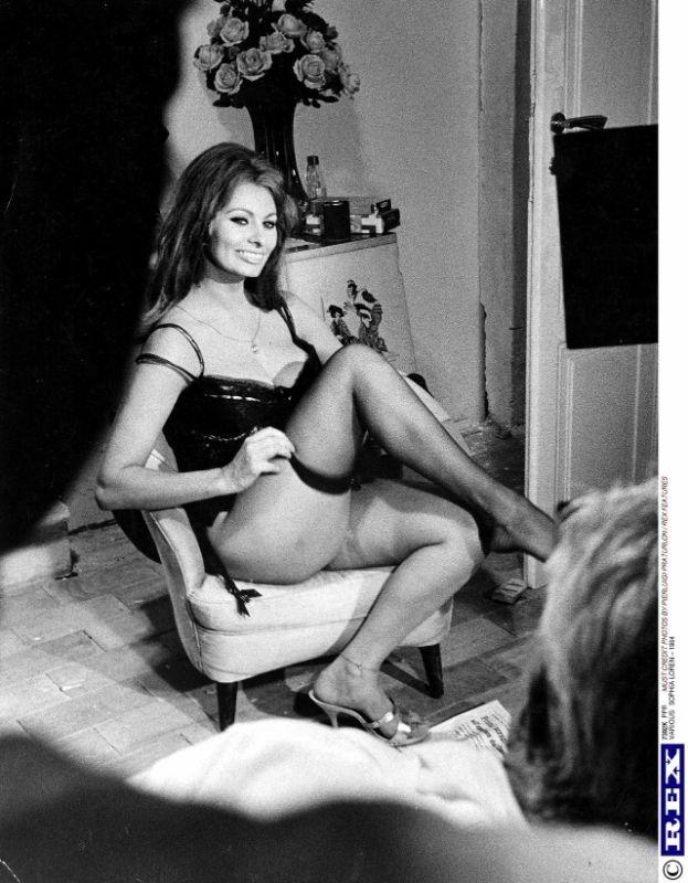 Sofija Loren: Zbog nje su ostavljane supruge i ljubavnice, njene golišave fotografije bile traženije od suvog zlata! (FOTO)