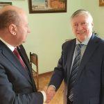 Đorđević se sastao sa Anatolijem Karpovim, odigrali humanitarni šahovski meč