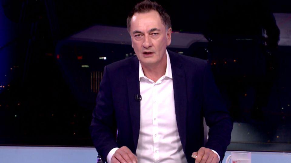 U Sarajevu održan skup podrške novinaru Senadu Hadžifejzoviću