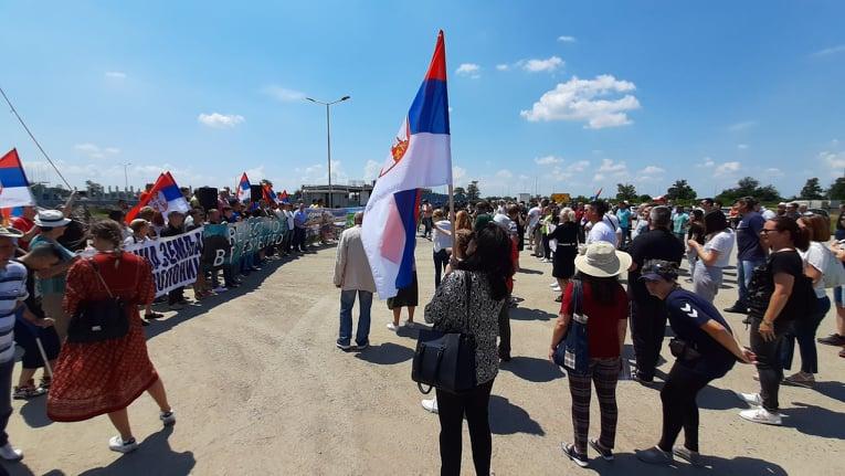 "Održan protest ispred Ling Longa: ""ZA VAZDUH, VODU I SLOBODU"""