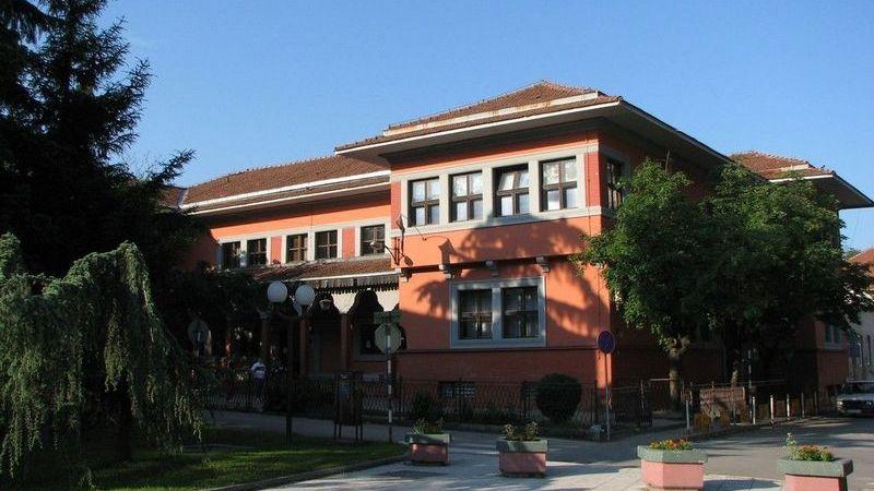 U školi u Smederevu pronađene eksplozivne naprave, učenici i zaposlen evakuisani