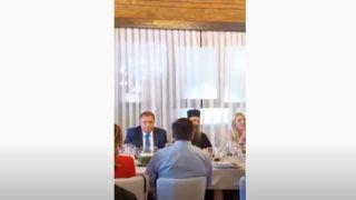 "Patrijarh i Dodik veselo: ""Vaša svetosti, naša radosti… hop, cup!"" (VIDEO)"