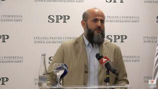 Zukorlić upozorava: Pozvaću narod da KUPI ORUŽJE I DA SE BRANI, ukoliko policija i pravosuđe ne RASKINU VEZE sa organizovanim kriminalom (VIDEO)