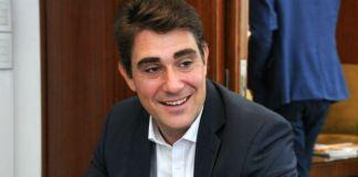 Javier Iguacel, optimista por la situación del gas