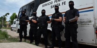 Minibus emboscado del Servicio Penitenciario