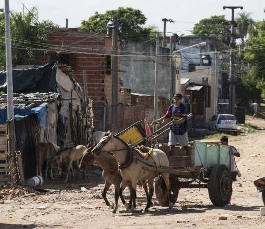La pobreza es una deuda eterna