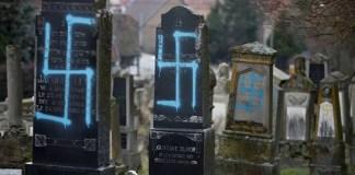 Antisemitismo y dejar pasar