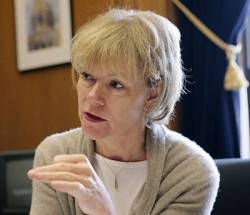 Tina Smith, chief of staff for Gov. Mark Dayton (Staff photo: Peter Bartz-Gallagher)