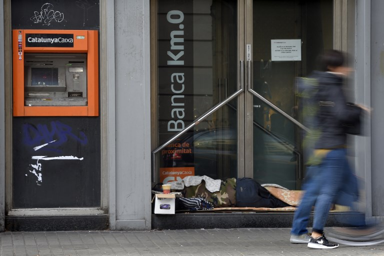 В барселоне вводят бвзовый доход для самых бедных
