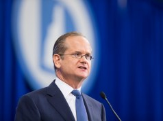 Democrat Larry Lessig drops out of Presidential race