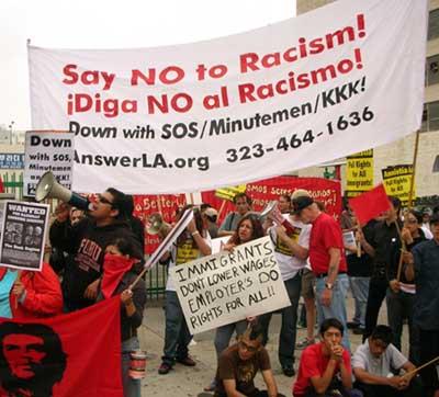 Minutemen counter protest