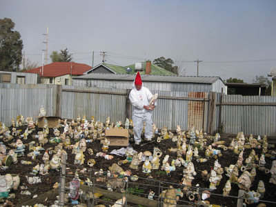 Australian Gnome Convention rescues cement gnomes