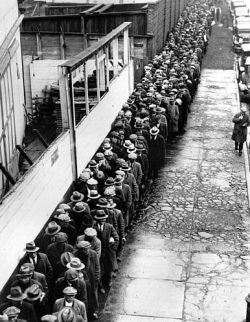 unemployment line. 1930's