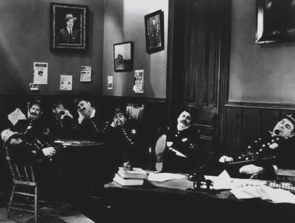 keystone cops snooze