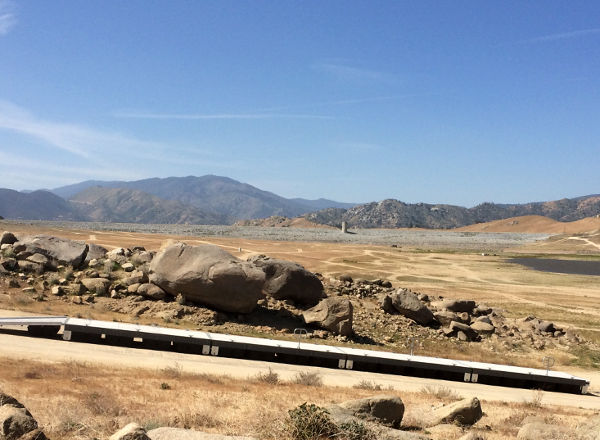 Lake Isabella boat ramp with dam in background