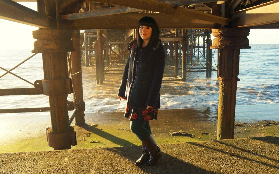 DOWN BY THE SEASIDE – THE JOULES DUFFLE COAT
