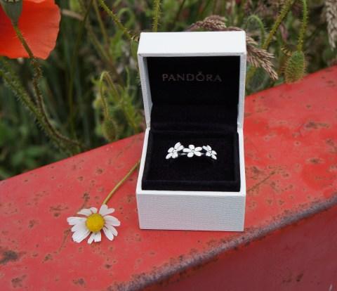 Pandora Daisy Ring