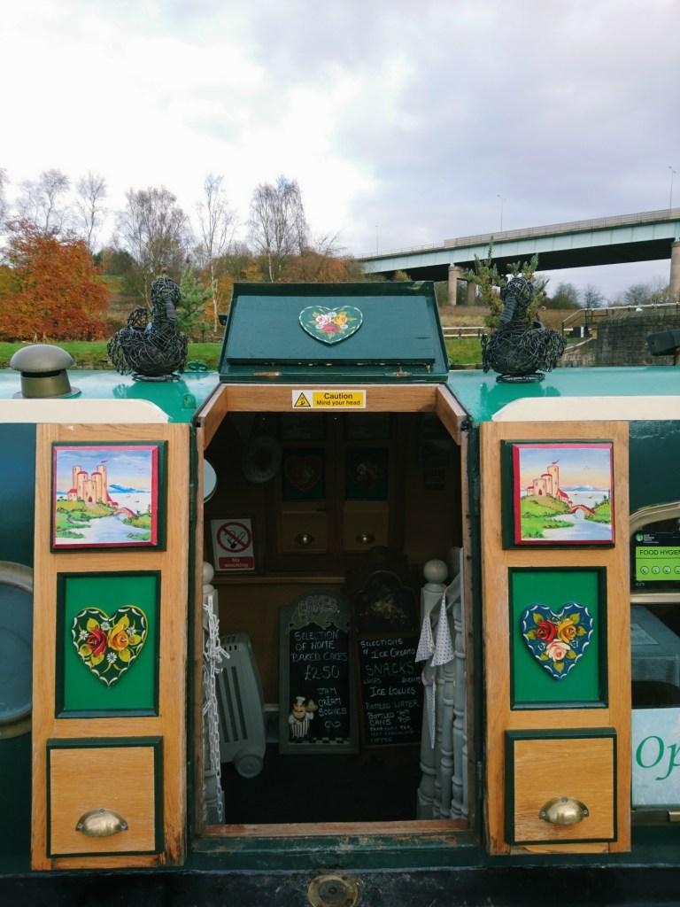 Narrowboat_Tearoom_Wigan