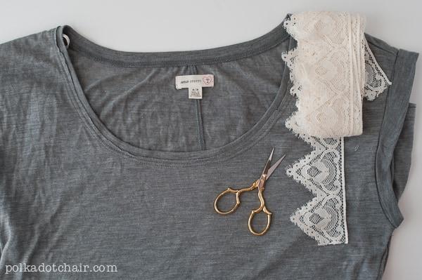 DIY lace sleeves