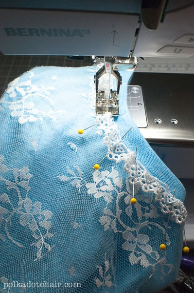 Sew lace to a t-shirt