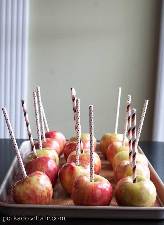 monster-candy-apples-treat-2