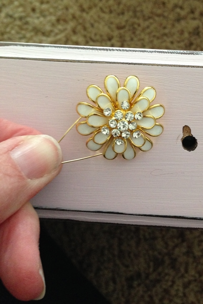 Make your own drawer pulls from buttons