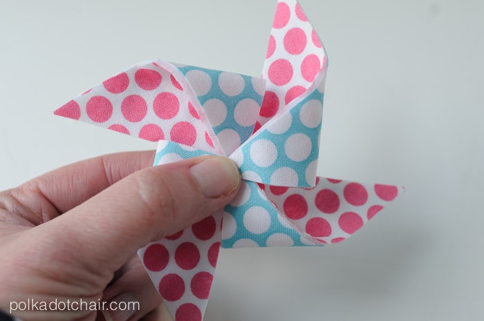 Polka Dot Pinwheels Quiet Book Page Pattern by Melissa Mortenson of polkadotchair.com