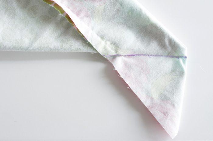 self-binding-recieving-blanket