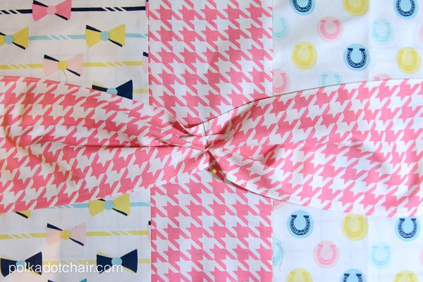 bow-pillow2