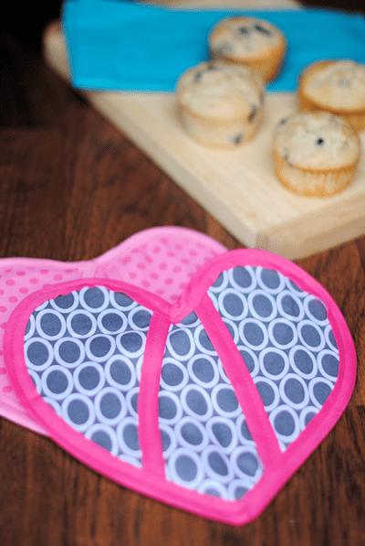 DIY Heart Oven Mitt Sewing Pattern