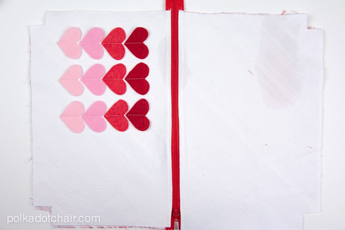 Sweetheart Zip Pouch Sewing Tutorial.. a cute and simple Valentine's Day Sewing Project
