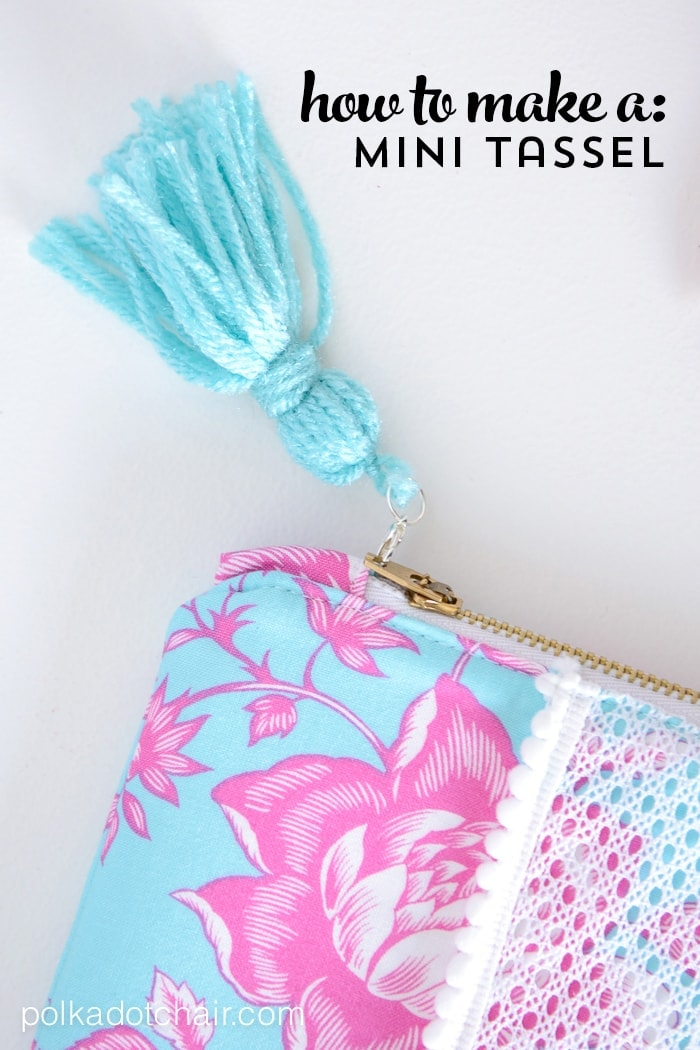 How to make a mini tassel that attaches to a zipper out of yarn -