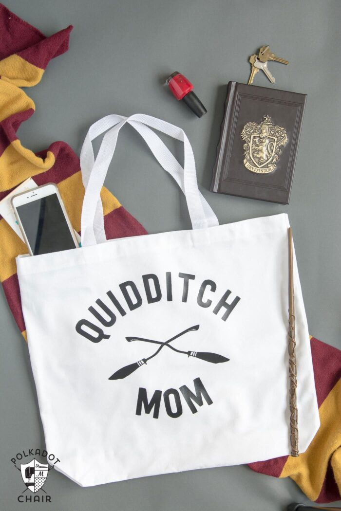 """DIY """"Quidditch Mom"""" tote bag project. She has a free download for the iron-on on her site!"""