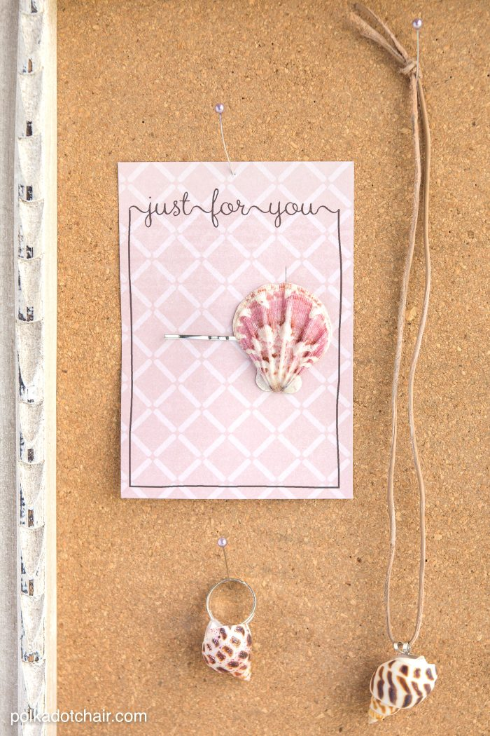 Seashell Craft Ideas and free printable gift tags. This craft idea would be great for kids especially on a rainy summer day