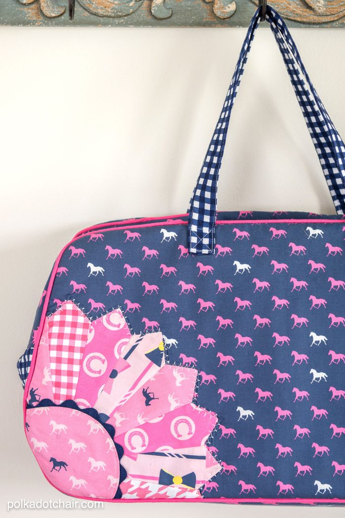 How to add a dresden plate to a tote bag
