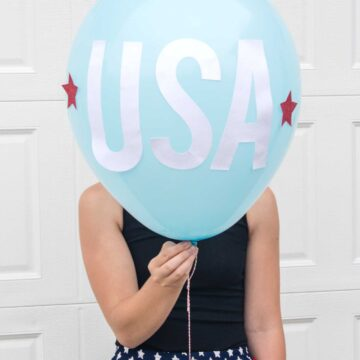 How to make Star Spangled 4th of July Balloons, what a cute idea for a 4th of July BBQ!