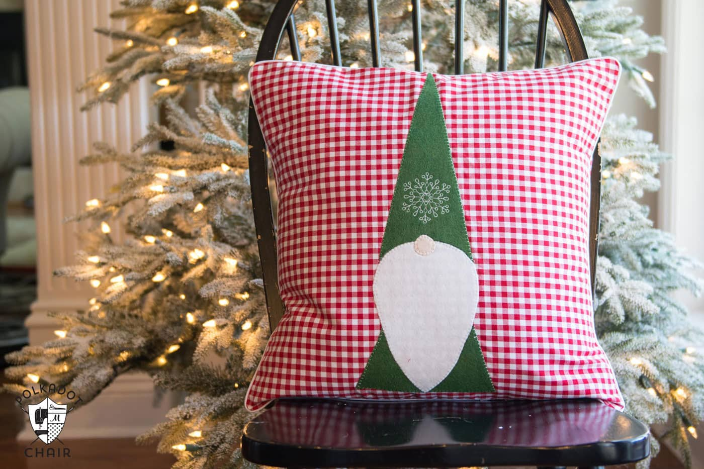 Free Sewing Pattern for a Tomten Christmas Gnome pillow - makes a cute DIY Christmas decoration!!
