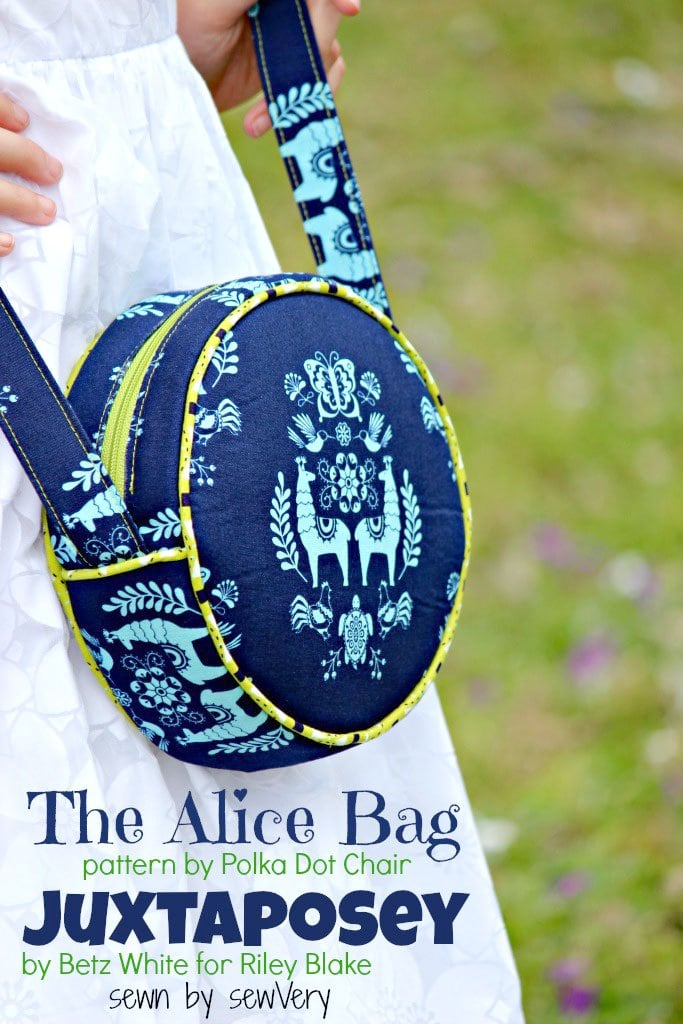 The Alice Bag sewn in Juxtaposey fabric by Veronica of sewvery.com