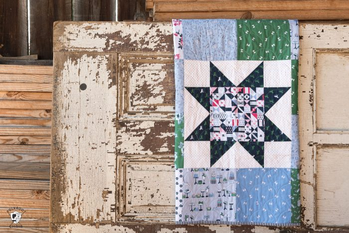 Free pattern for a Simple Sawtooth Star Baby Quilt - so fast to stitch up - great for a beginning quilter! #quilts #babyquilt #beginningquilter #quilttutorial