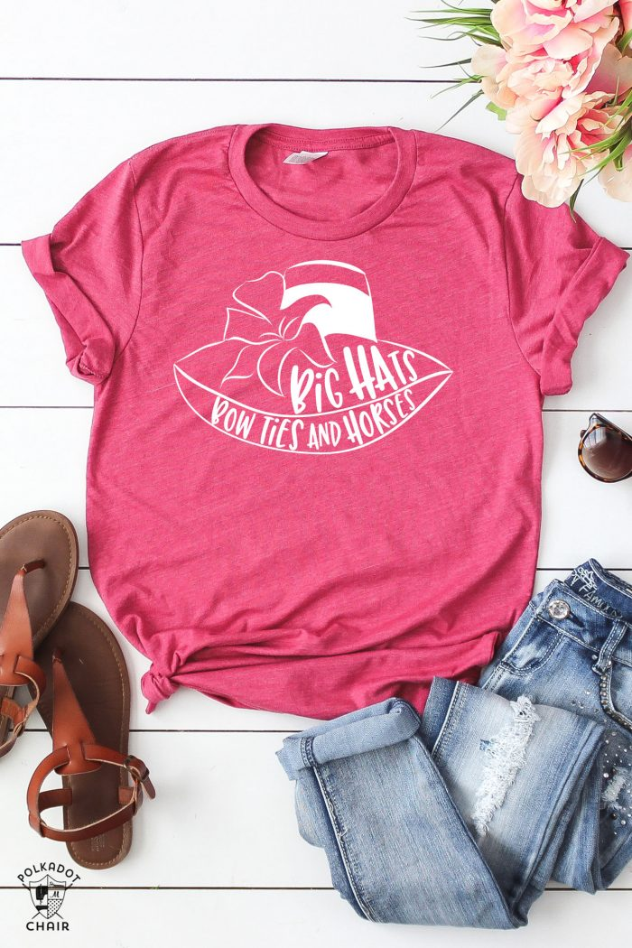DIY Kentucky Derby T-Shirt; Big Hats Bow Ties and Horses, cute sayings for Derby T-shirts #KentukcyDerby #DerbyTshirts #derbytee #DIYTshirt #DIYkentuckyDerby