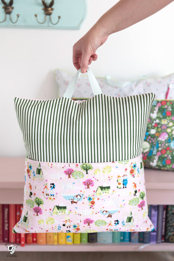 Reading pillow with ribbon attachment