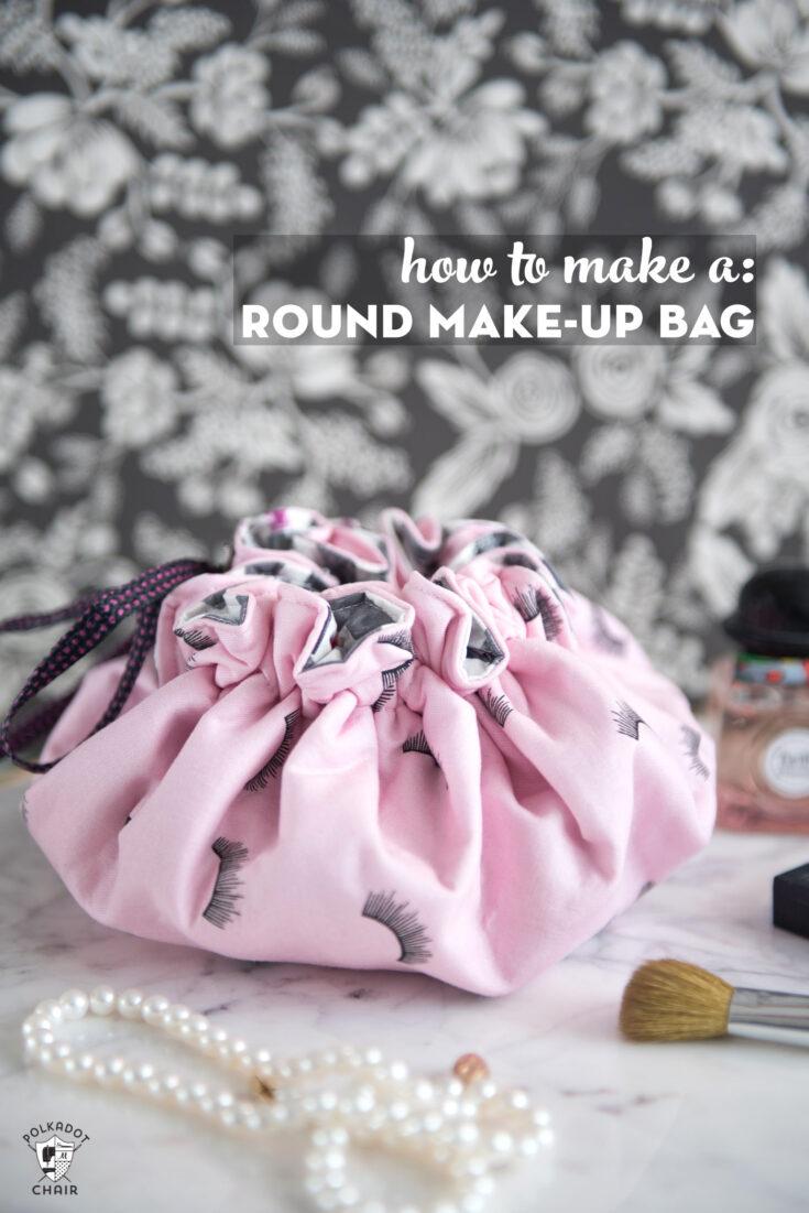 Round Drawstring Make-Up Bag
