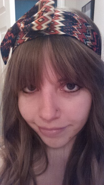 Indulging in my love of bows. I love the 70s vibe of this headband.