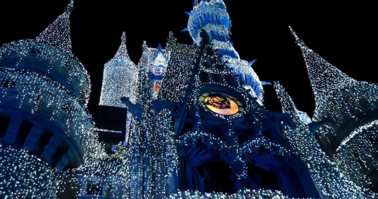 5 ways to beat the crowds at Walt Disney World during the holidays
