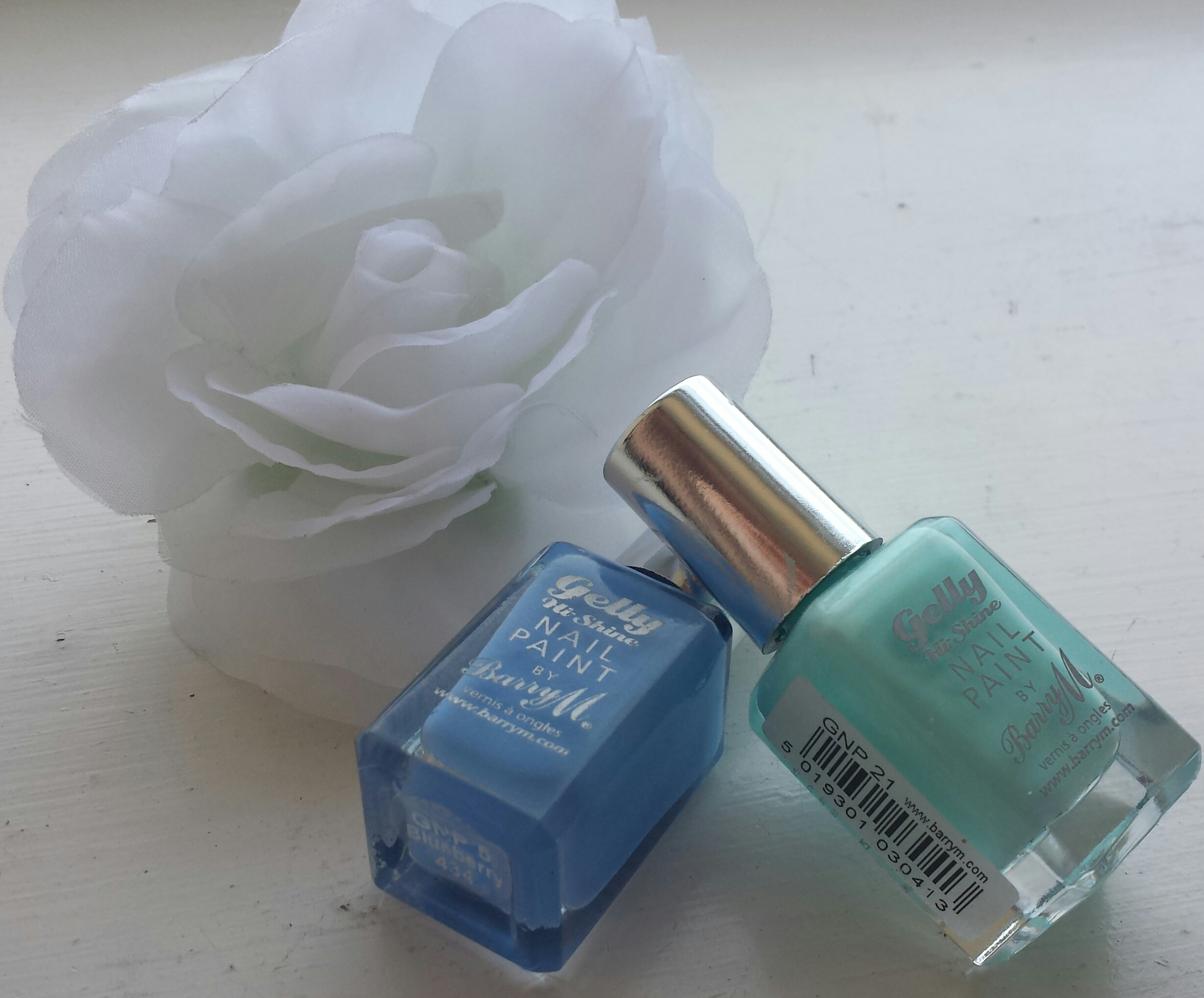 Barry M Gelly Hi Shine Nail Paint Review
