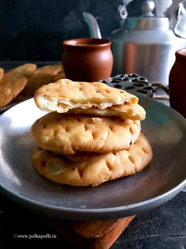 Khasti Mathri/ How to make Khasti Mathri