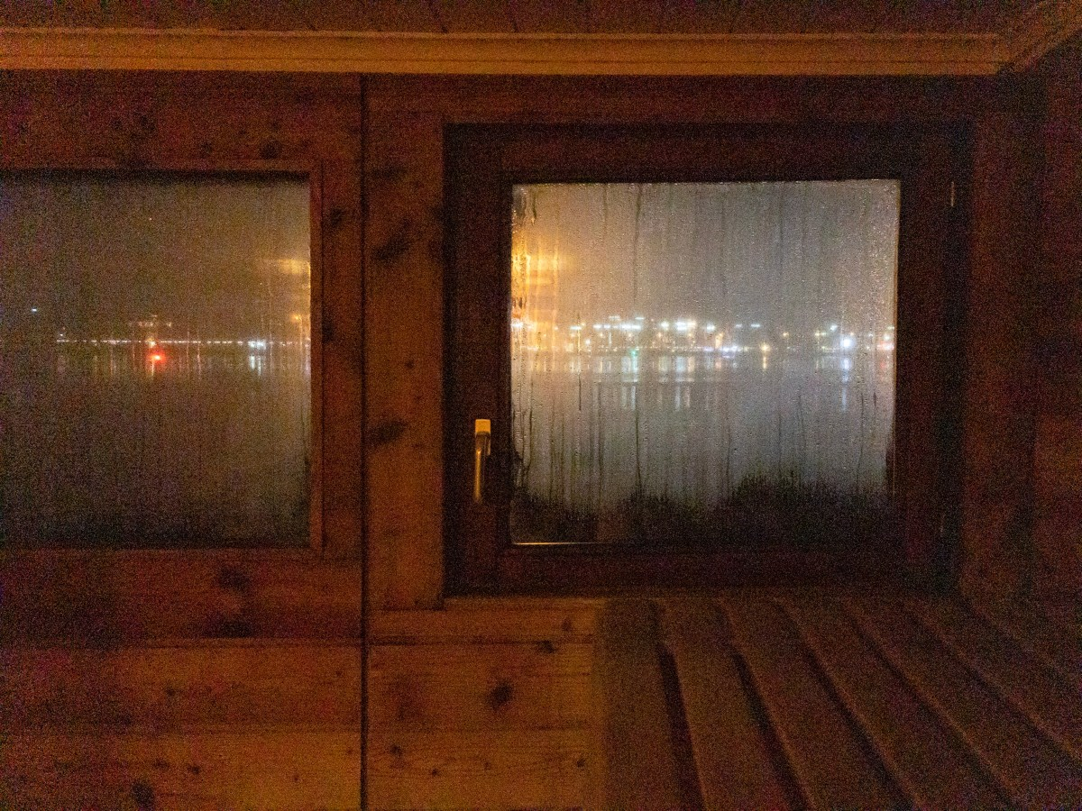 I tested sauna and winter swimming.