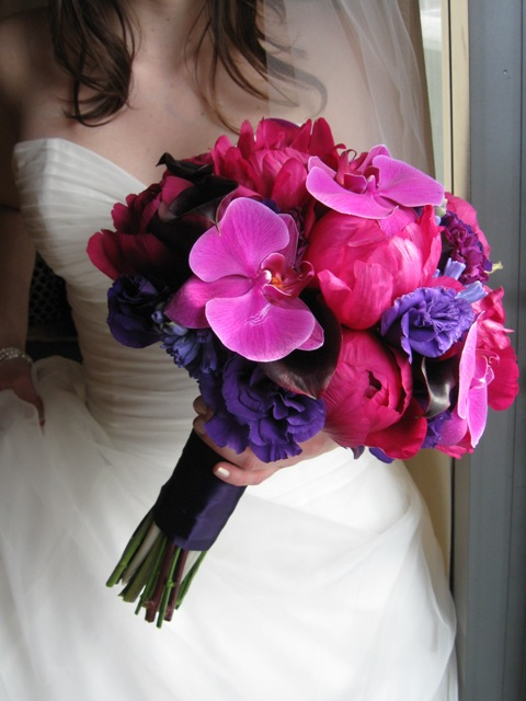 https://i2.wp.com/pollenfloraldesign.com/wp-content/uploads/2011/01/jewel-tones-bridal-bouquet.jpg