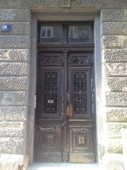 door @Zagreb