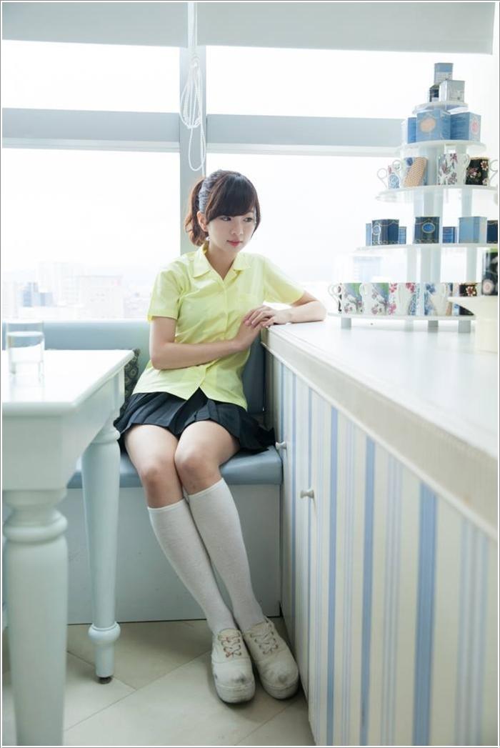 Uniform (12)